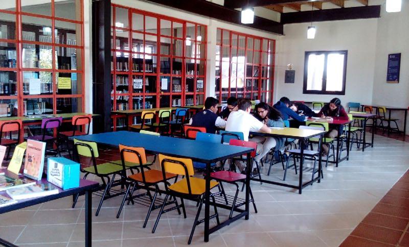 Biblioteca Prepa San Miguelense Instituto Sanmiguelense